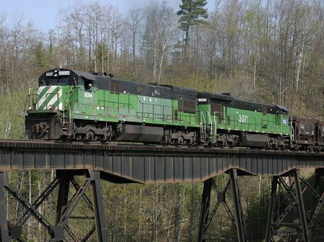 LS&I 3004, the Hill Job, on the Dead River Trestle near Negaune.  2003  [Tom Carello]